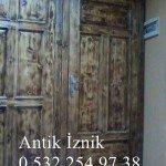 Ahşap Eskitme Kapı